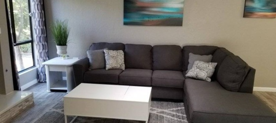 2 bedroom Tulare