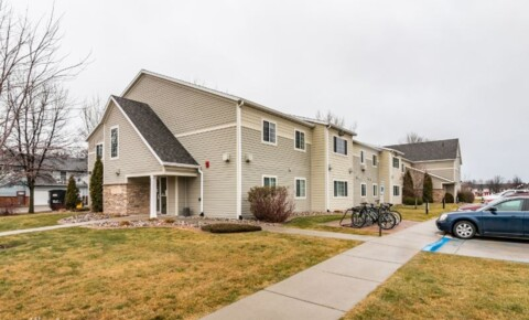 Apartments Near University of North Dakota 4250 6th Ave N for University of North Dakota Students in Grand Forks, ND