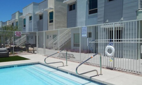 Apartments Near SCC 7979 E Wilshire Dr Apt 1012 for Scottsdale Community College Students in Scottsdale, AZ
