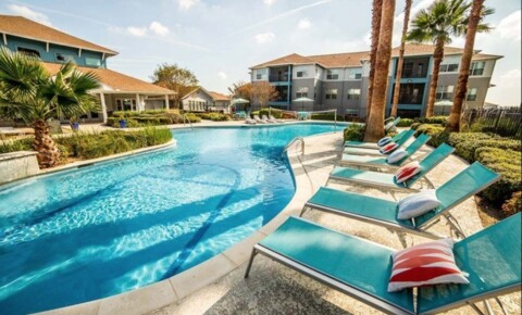 Apartments Near Texas State Cabana Beach for Texas State University Students in San Marcos, TX