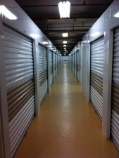 Close 2U Storage - The Mall