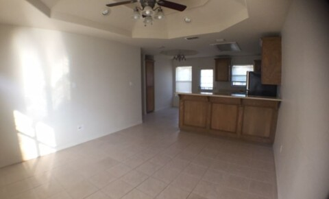 Apartments Near RGV Careers 2305 N Dahlia St for RGV Careers Students in Pharr, TX