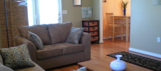 3 Rooms with 2 full baths & 2 walk-in closets in a Beautiful house, 1.8mi. to W&M!