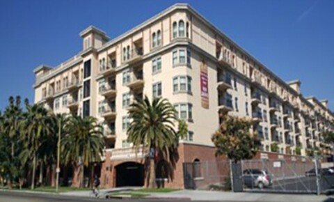 Sublets Near CSUDH The Lorenzo Luxury Upscale for California State University-Dominguez Hills Students in Carson, CA