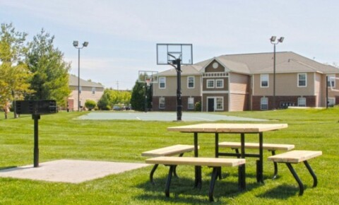 Apartments Near CMU University Meadows for Central Michigan University Students in Mount Pleasant, MI