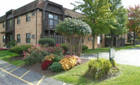 Apartments Near BGSU 3141 Manley Rd. for Bowling Green State University Students in Bowling Green, OH