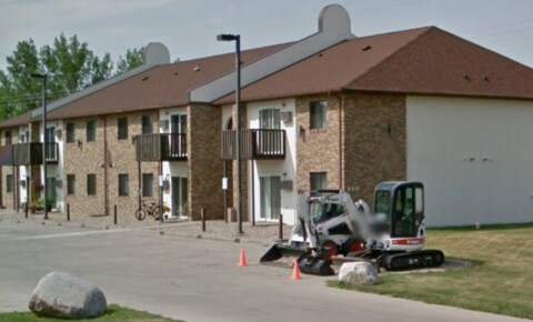Houses Near Devils Lake 1 & 2 Bedroom Apartments Available Now for Devils Lake Students in Devils Lake, ND