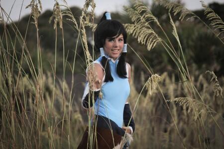 Cosplayer Courtney as Korra. Image via CourtoonXIII on DeviantArt