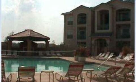 Apartments Near UT Dallas 1212 Hampshire Ln for University of Texas at Dallas Students in Richardson, TX