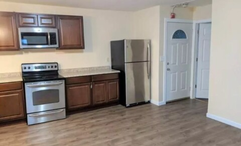 Apartments Near Bryant 560 Douglas Ave 3F for Bryant University Students in Smithfield, RI