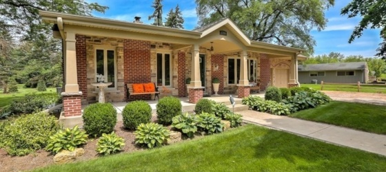 3 bedroom Downers Grove