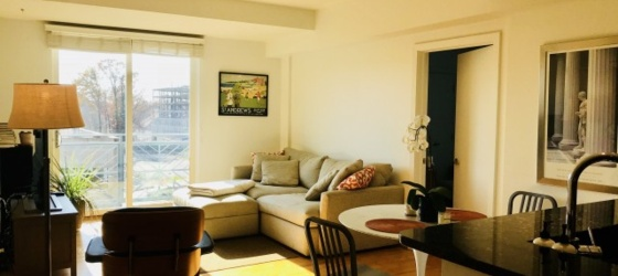 Sublet luxury 2 BR Barringer across from UVA hospital Jan-May flexible