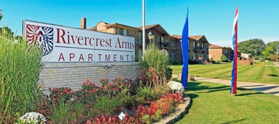 Rivercrest Arms Apartments