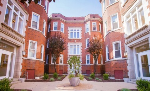 Apartments Near UMSL Vandy House for University of Missouri-St Louis Students in Saint Louis, MO
