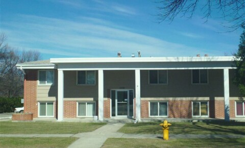 Apartments Near University of North Dakota EVERGREEN MANOR for University of North Dakota Students in Grand Forks, ND