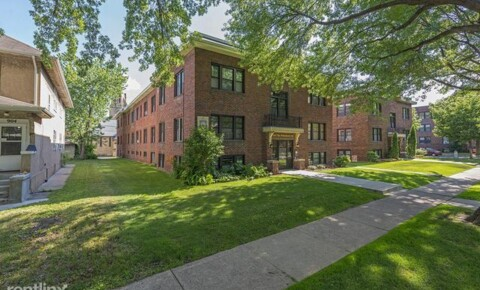 Apartments Near Saint Paul 908 Ashland Ave for Saint Paul Students in Saint Paul, MN