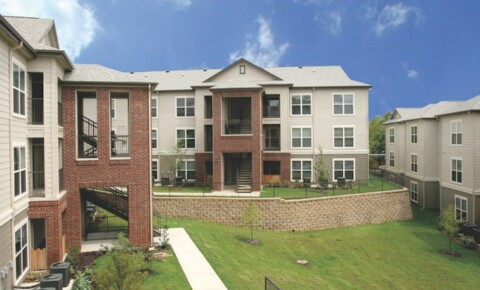 Apartments Near UofSC Redtail on the River for University of South Carolina Students in Columbia, SC