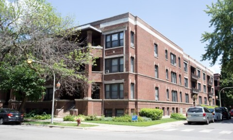 Apartments Near John Marshall 5339-5345 S. Woodlawn Avenue for The John Marshall Law School Students in Chicago, IL