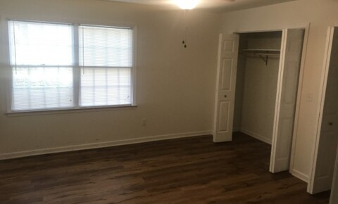 Sublets Near UVA Private Bedroom/Private Bathroom in 3BR/3BA Apartment for University of Virginia Students in Charlottesville, VA