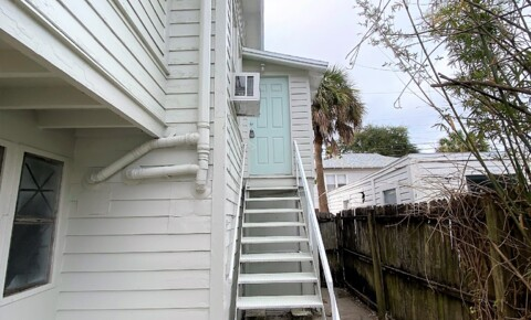 Houses Near Eckerd 1/1  Wooden Oaks of St. Pete Offers Coastal Apartment! for Eckerd College Students in Saint Petersburg, FL